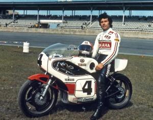 A Giacomo Agostini